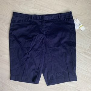 Laundry by Shelly Segal navy capris size 14